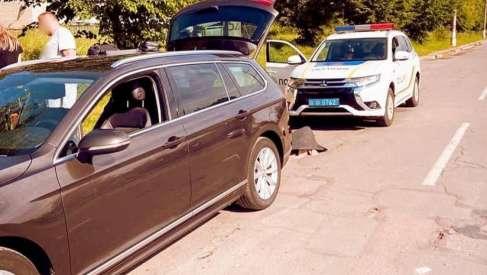 На Прикарпатті у п'яного водія виявили зброю та наркотики